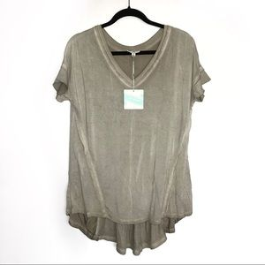 Umgee • Distressed Tunic Top